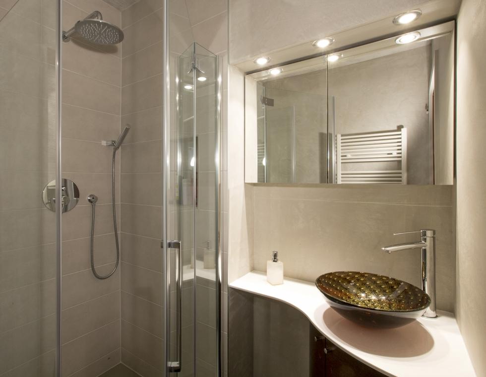 wc visiteurs et salle de bain nuance couleur et habitat travaux de peinture sion valais suisse. Black Bedroom Furniture Sets. Home Design Ideas